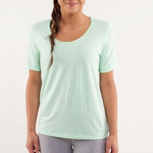 Lululemon Drish Tee